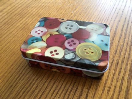 Travel Tin - Buttons